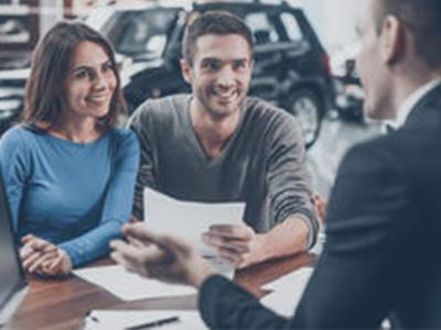 Как оформить договор купли-продажи авто при смене фамилии
