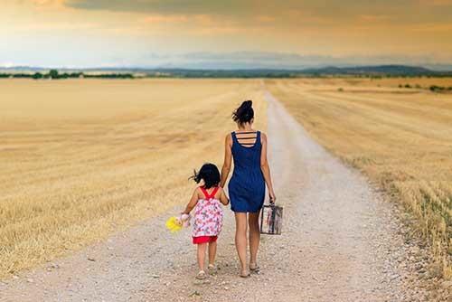 На каких основаниях могут лишить прав матери в 2021 году