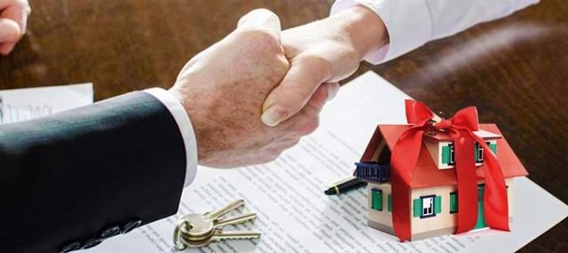 Договор дарения доли квартиры родственнику в России