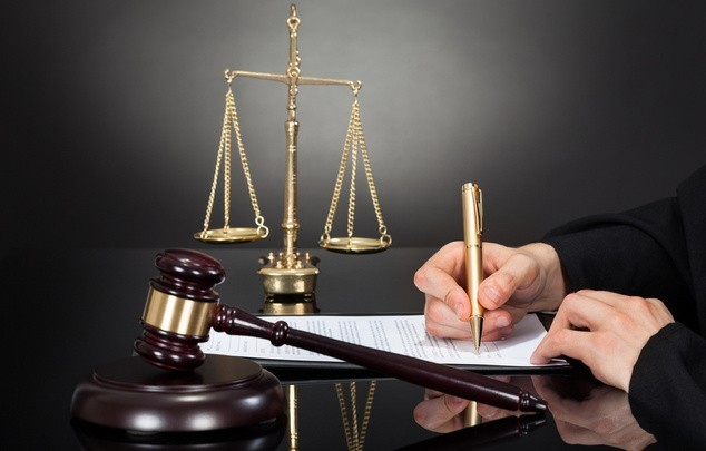 Арест с земельного участка: как снять в 2021 году - проблемы с судебными приставами