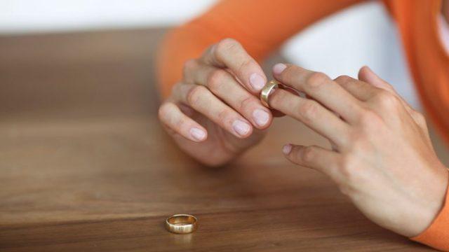 Как подать на алименты без развода в 2021 году