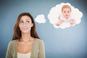 Может ли одинокая женщина усыновить ребенка без мужа 2021 г