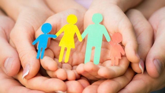 Выплаты при усыновлении ребенка в 2021 году - сколько платят, как оформить и где получить