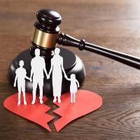 Права отца на ребенка после развода: какие они в 2021 году